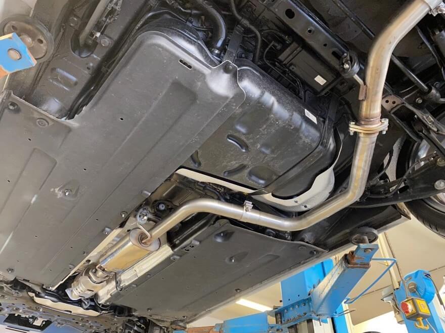 Escape central deportivo Hyundai Kona 1.6 177cv /130Kw Fox